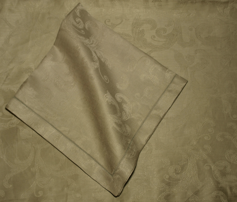 Table Linens Cynthia Scroll Linen with Hemstitch